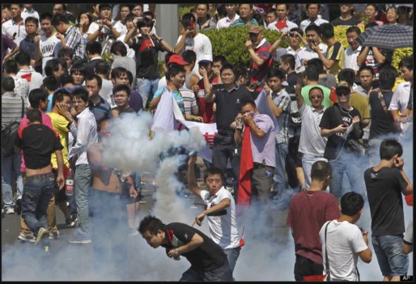 Teargas battle in Shenzhen, 2012