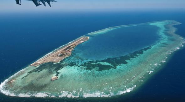 Malaysia's diving resort at Swallow Reef 弹丸礁, aka Pulau Layang Layang (source: TripAdvisor)
